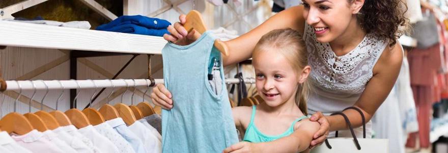 vêtements de marque pour son enfant